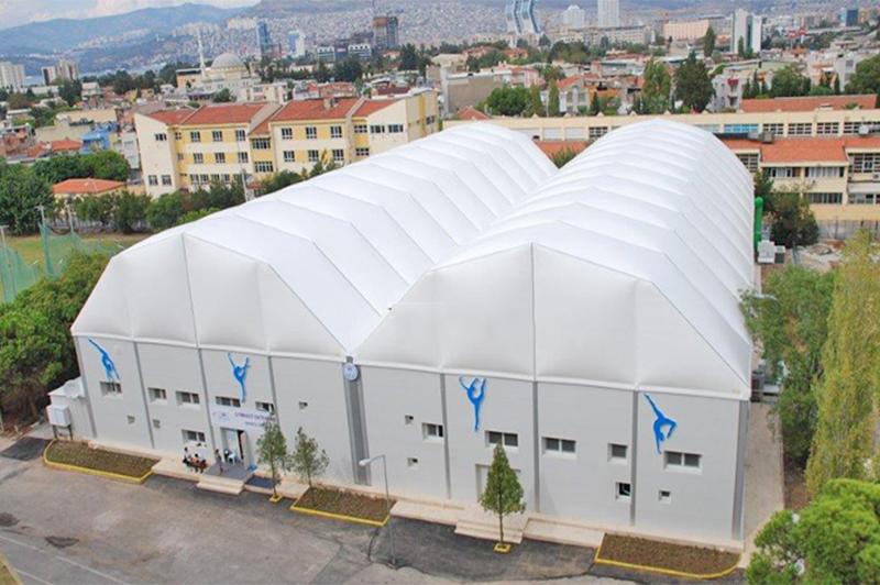 装配式游泳馆篷房,是现今很受欢迎的户外游泳馆